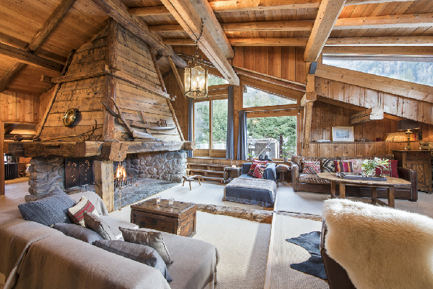Stunning traditional chalet farmhouse in the heart of the for Interieur chalet bois