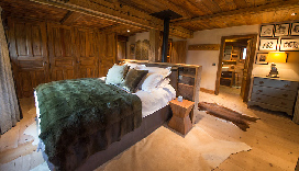 Chalet-Smart-Luxury-Ski-Chalet-in-Chamonix-23.jpg