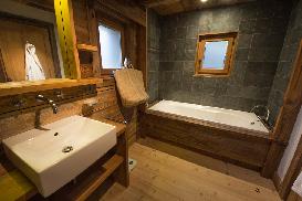 Chalet-Smart-Luxury-Ski-Chalet-in-Chamonix-27.jpg