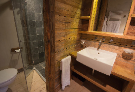 Chalet-Smart-Luxury-Ski-Chalet-in-Chamonix-28.jpg