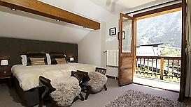 68_bedroom-3-from-door.jpg