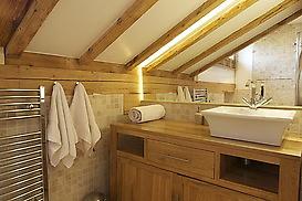 68_bedroom-5-en-suite-sink.jpg
