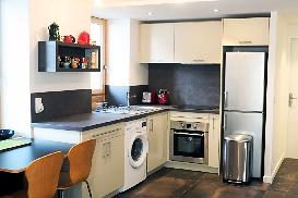 Apartment Lognan Kitchen.jpg