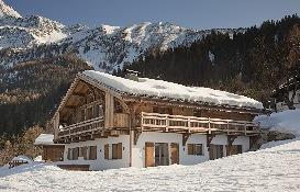 2. Chalet Amano - Winter exterior 2.JPG