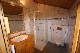 Chalet Ceraria - En Suite Master Bathroom
