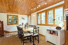 5 - Dining Room.jpg