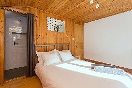 6 - Double Room 2.jpg