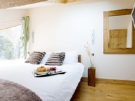 Chalet La Moraine - Another bedroom.jpg
