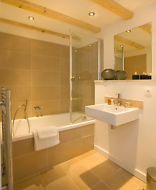 b-bathroom-1b---120k.jpg