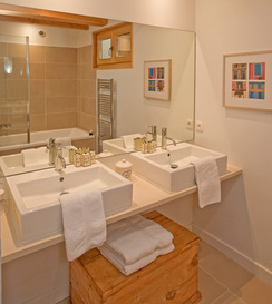 bathroom-1a.jpg