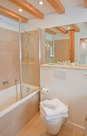 bathroom-2a.jpg