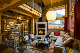 Warm colours of chalet Terre