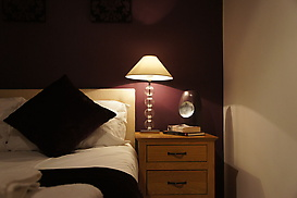 purplebedlamp.JPG