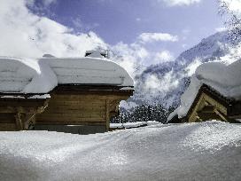 snowtop-FB-1.jpg