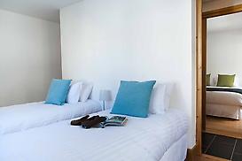 4 twin/double bedrooms