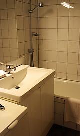 bathroomedited3.jpg