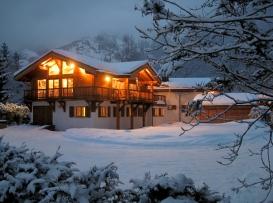(A) Chalet Les Bois winter.jpg