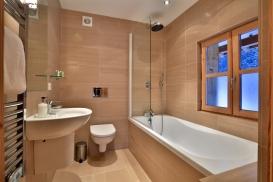 1st Floor Bedroom 4 Bathroom.jpg