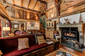 _AJP4266And8more2019-12-outdoor-chalet-sun.jpg