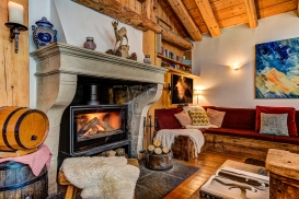 _AJP4293And8more2019-12-outdoor-chalet-sun-Edit.jpg