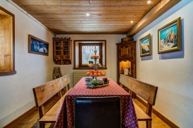 _AJP4392And8more2019-12-outdoor-chalet-sun.jpg