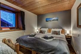 _AJP4797And8more2019-12-outdoor-chalet-sun.jpg