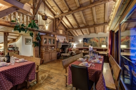 _AJP4887And8more2019-12-outdoor-chalet-sun.jpg