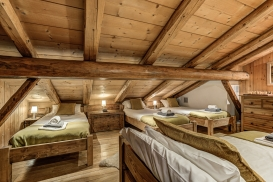 _AJP5094And8more2019-12-outdoor-chalet-sun.jpg