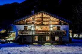 _AJP6579And8more2019-07-sony-day-chalet.jpg