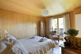Scierie bedroom 2 website 698X466.jpg